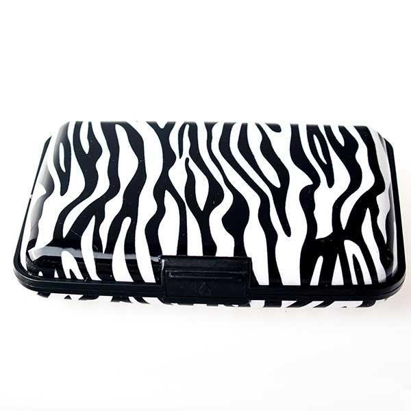 Pouzdro na doklady a peněženka Aluma Wallet - zebra