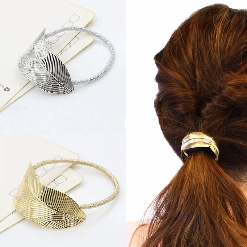 Prodlužování vlasů a účesy - Kovová spona do vlasů - pírko ... 5071508a75