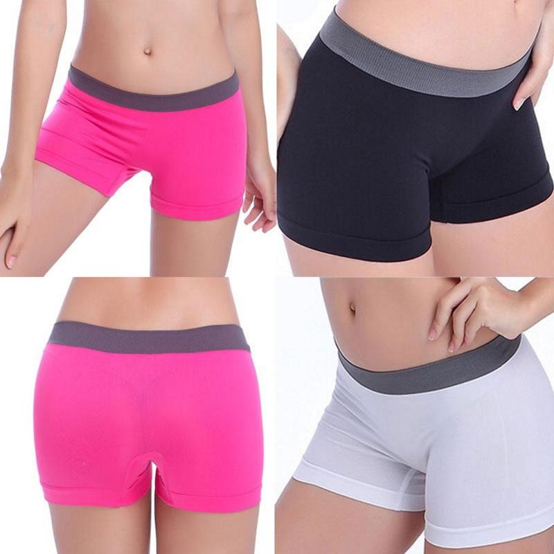 Dámské sportovní fitness kalhotky - bílá barva