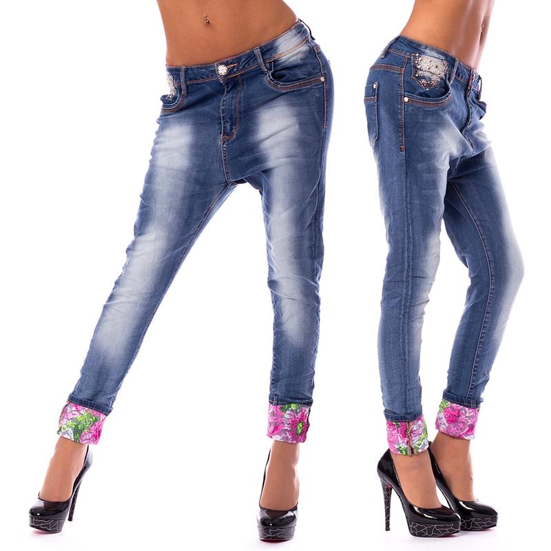 Dámská móda a doplňky - Dámské harémové jeans a květinovou manžetou ... d0166847ae