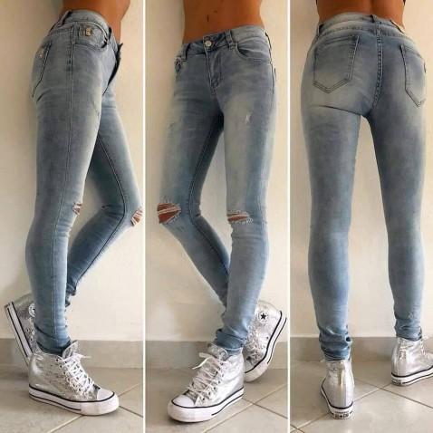 Slim jeans s dírami na kolenou