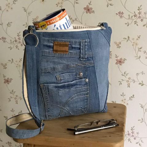 Džínová taška s kapsami