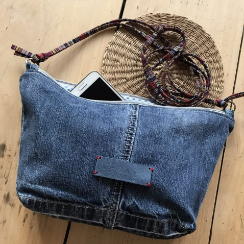 Crossbody kabelka z džínoviny