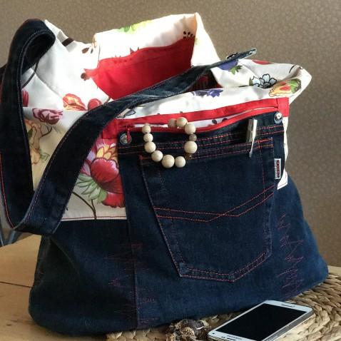Velká džínová kabelka s květy