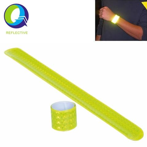 Reflexní páska samonavíjecí 45 cm
