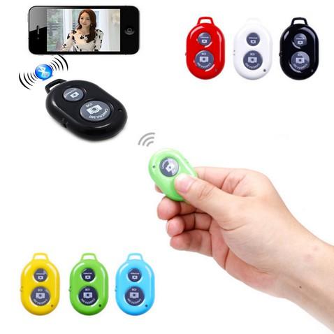 Bluetooth ovládání k selfie tyčím