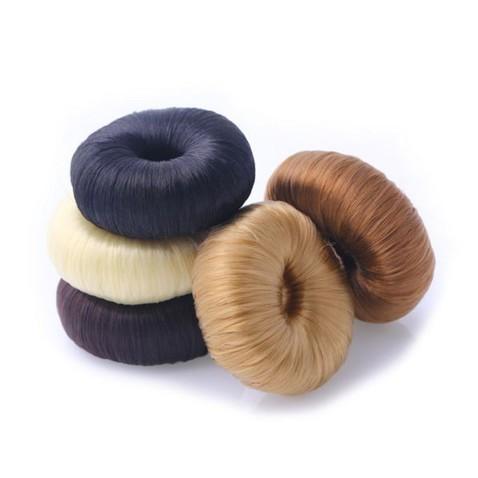 Vycpávka do drdolu s vlasy - průměr 7 cm