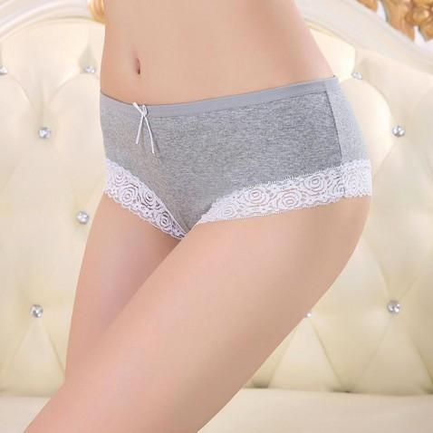 Dámské bavlněné kalhotky s krajkou - šedé