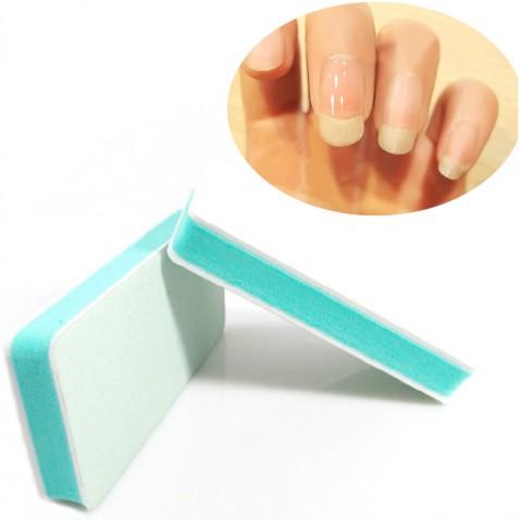 Jemný pilník na nehty s leštičkou po obvodu